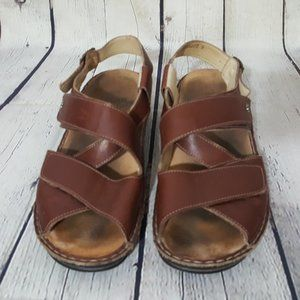 Finn comfort brown thick strap sandals 41 10 10.5